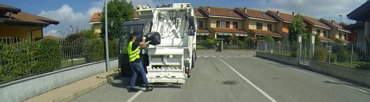 Nuevo e innovador compactador de basura de carga frontal, Olivero