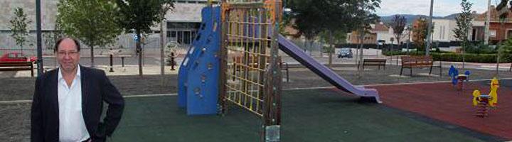 Teruel acondiciona el parque frente al Centro de Salud del Ensanche