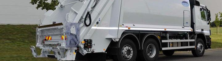 Ros Roca entrega dos camiones recolectores-compactadores a la comarca aragonesa de Sobrarbe