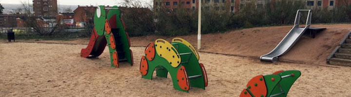 Los toboganes infantiles de Mobipark son el complemento perfecto para el juego al aire libre