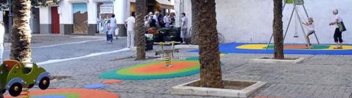 Granada impulsa un plan integral en 98 parques infantiles de la ciudad