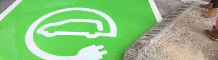Logroño presenta el primer punto municipal de recarga de vehículos eléctricos