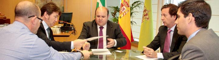 Granada y Ecovidrio firman un convenio de colaboración para el reciclaje de envases de vidrio