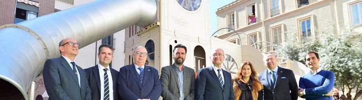 Málaga equipa el centro de la ciudad con un nuevo parque infantil dedicado a las Cofradías