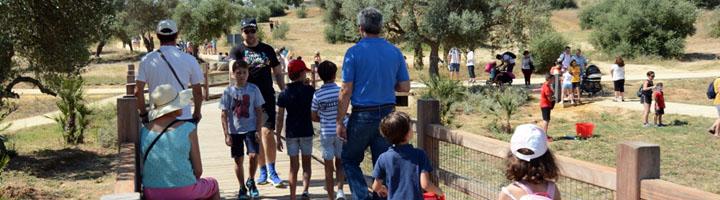 El Parque Olivar del Zaudín, un espacio para que los vecinos de Tomares disfruten de la naturaleza y el deporte