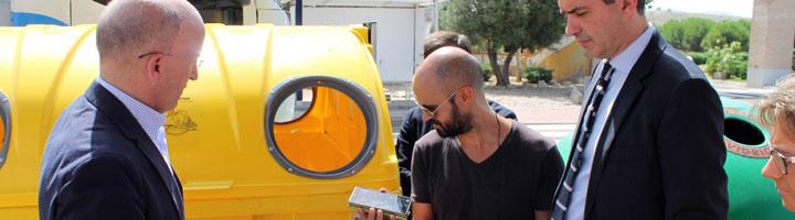 La Diputación de Toledo y GESMAT colocan códigos QR en los contenedores de residuos para comunicar incidencias
