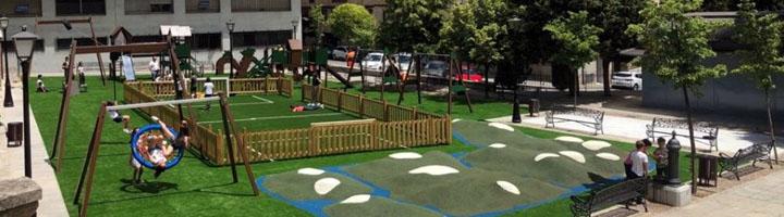 Salamanca renueva la zona de juegos infantiles en el Campo de San Francisco