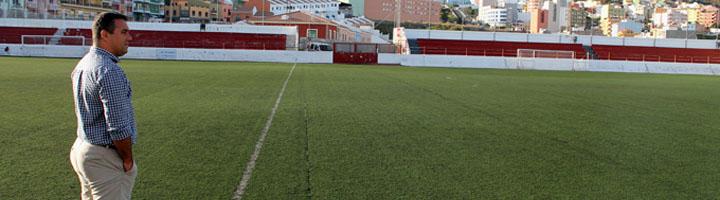 Sale a licitación la sustitución del césped artificial de El Molino por unos 200.000 euros