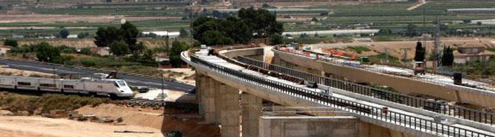 Alicante dota con más de 18 millones los planes provinciales de Obras y Servicios y de Mejora de la Red Viaria
