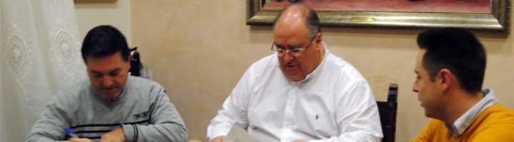 Almeria firma un convenio con SIGOLEO para fomentar el reciclado de aceite usado