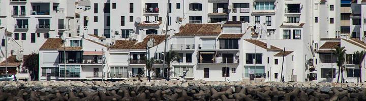 Marbella renovará los parques infantiles de las playas de El Faro y La Bajadilla