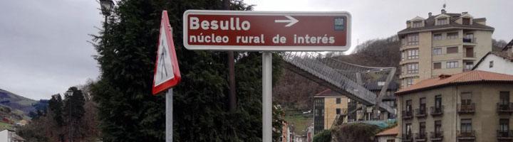 Cangas del Narcea renueva y amplia su señalización turística