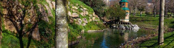 El estanque del Parque Europa de Bilbao, un ejemplo de naturalización en el entorno urbano