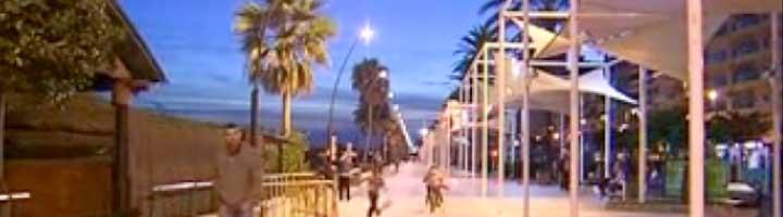 El Ayuntamiento de Estepona reducirá a la mitad el gasto de las farolas con puntos de luz regulables
