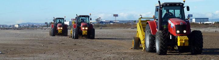La Diputación de Valencia pone en marcha las máquinas para empiezan a preparar las playas