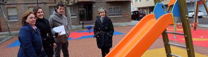 León renueva varios parques infantiles de la ciudad con una inversión superior a 91.500 euros