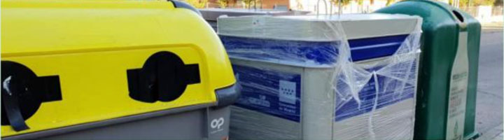 Moraleja de Enmedio continúa la renovación de los contenedores de residuos