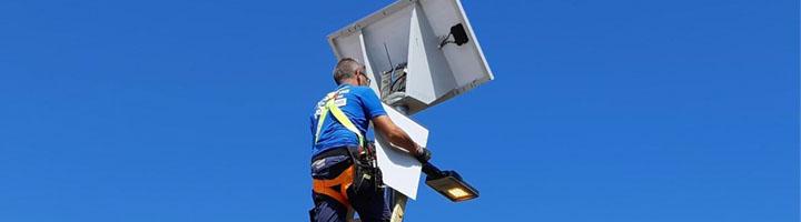 Barlovento dota de alumbrado público alimentado con energías renovables a viviendas aisladas