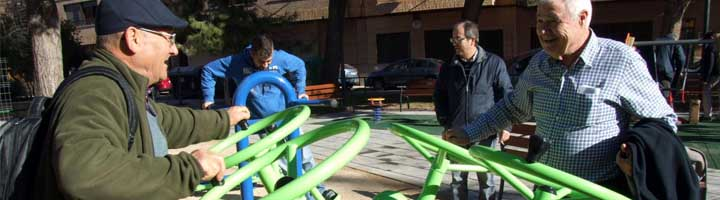 Vila-real remodela tres jardines de la zona norte con áreas infantiles y de mayores