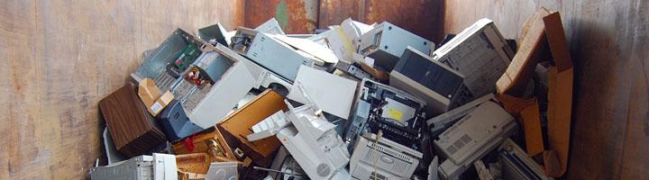 El Ayuntamiento de Barbate firma el convenio marco para el reciclaje de RAEE