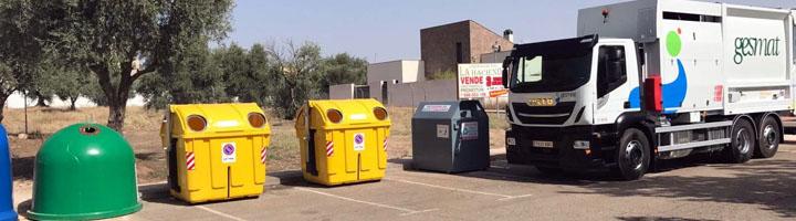La Diputación de Toledo presenta de los nuevos contenedores de carga lateral