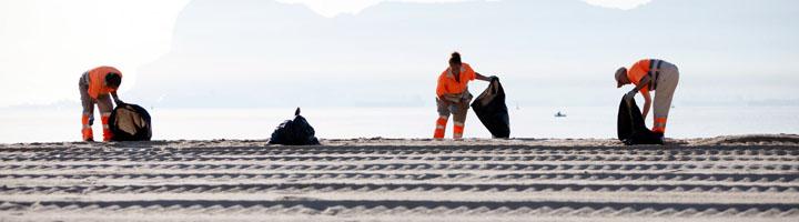 Almería invertirá 800.000 euros en el Plan de Playas 2017, el doble que el año anterior