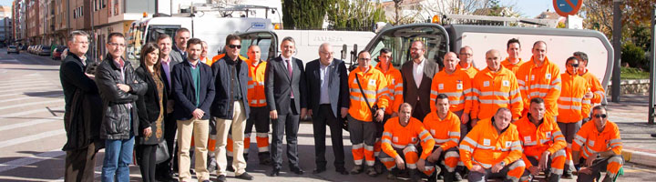 Caravaca pone en marcha el nuevo servicio de limpieza viaria en el casco urbano y pedanías