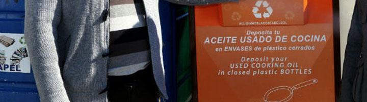 Benalmádena coloca más de una veintena de nuevos contenedores para la recogida de aceite
