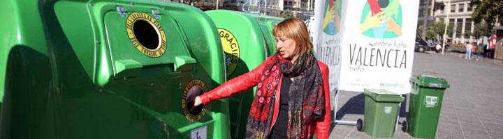 Valencia presenta nuevos contenedores de vidrio adaptados para personas mayores o con discapacidad