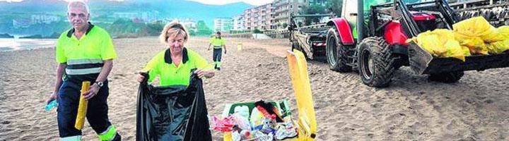 Las playas guipuzcoanas reducen un 28% los residuos generados en época estival con respecto al 2017