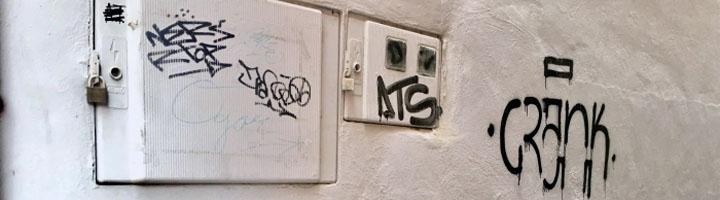 Tudela realiza limpieza de grafitis en varias calles