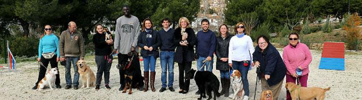 Benalmádena inaugura el primer parque canino del municipio, con circuito de adiestramiento