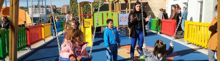 Santander estrena un nuevo parque infantil más amplio y con nuevos elementos en el parque Primero de Mayo