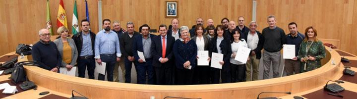 La Diputación de Granada financia la compra de vehículos de recogida de residuos en 24 pequeños municipios de la provincia