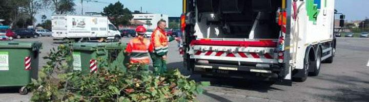 EMULSA incorpora un nuevo camión recolector bicompartimentado para el Servicio de Parques y Jardines