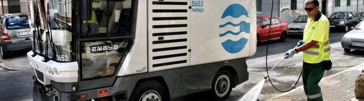 EMAYA aprueba la licitación de nuevos vehículos de limpieza con agua a presión y de camiones de recogida de residuos
