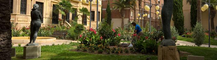 Acciona Service se hará cargo un año más del mantenimiento de los parques y jardines de Lorca