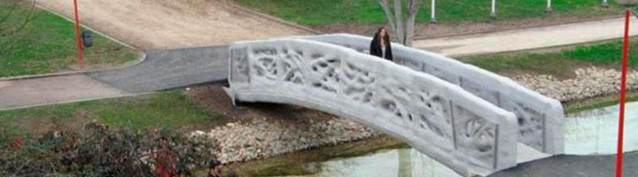 Investigadores de la UPC participan en la construcción del primer puente peatonal impreso en 3D
