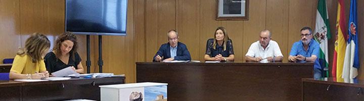 Cuatro empresas presentan ofertas para la adjudicación del servicio de limpieza viaria y recogida de residuos de Roquetas de Mar