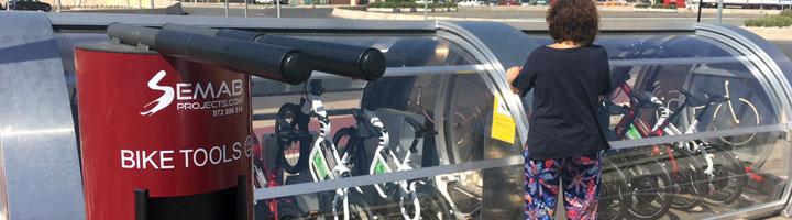Comienza el nuevo servicio de bicicletas eléctricas para cruceristas en el Puerto de Valencia