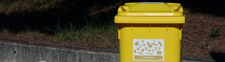 La recogida puerta a puerta en los polígonos de Rubí permite doblar la recogida de envases e incrementar un 35% la de orgánica
