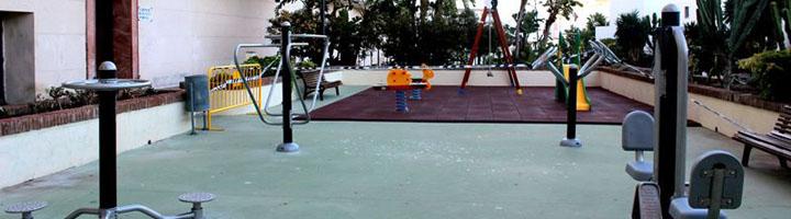 Estepona crea un nuevo parque infantil con circuito biosaludable en la barriada Solís