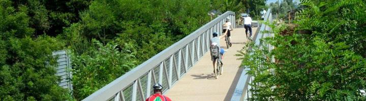 Comienzan las obras de la vía ciclista entre la ría de Boo y el apeadero de FEVE en El Astillero (Cantabria)
