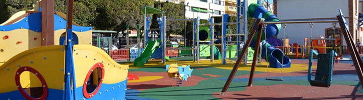 Rincón de la Victoria activa un nuevo Plan de Mejora en los Parques Infantiles con la instalación de toldos en los recintos públicos