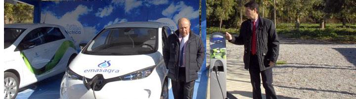 EMASAGRA incorpora a su flota vehículos eléctricos que se alimentan de la energía generada en una de sus depuradoras