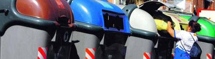 Terrassa implanta la tercera línea del sistema de recogida selectiva de residuos de carga lateral