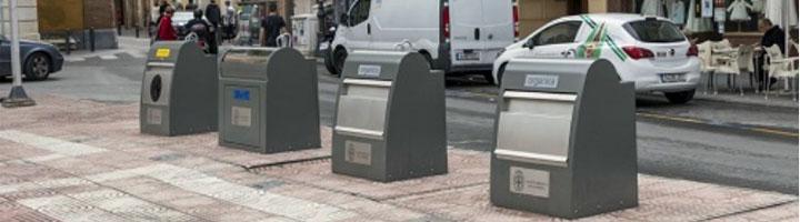 Almería pone en funcionamiento los nuevos contenedores soterrados ubicados en la Plaza San Pedro