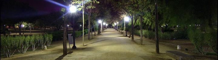 Sevilla destina casi 500.000 euros a la renovación del alumbrado público de los parques Amate y Maestro José Pizarro Álvarez