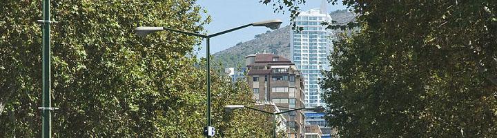 Benidorm renueva el alumbrado público de la segunda línea de La Cala implantando luminarias con tecnología LED