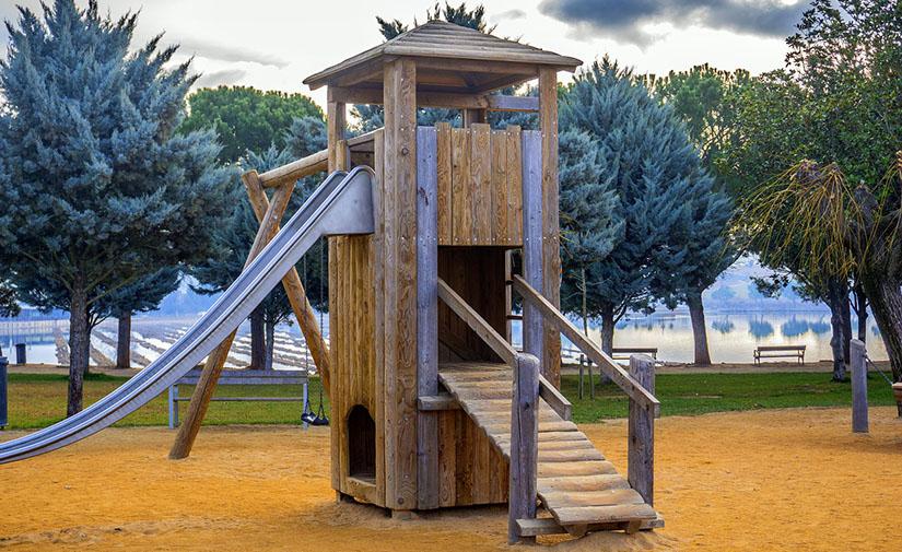 ACCIONA se hace con el mantenimiento y limpieza de los espacios verdes y áreas de juego infantil de Manacor